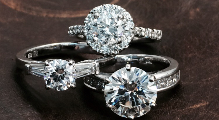 engagement-rings-pure-envy-halo-baguette-diamonds
