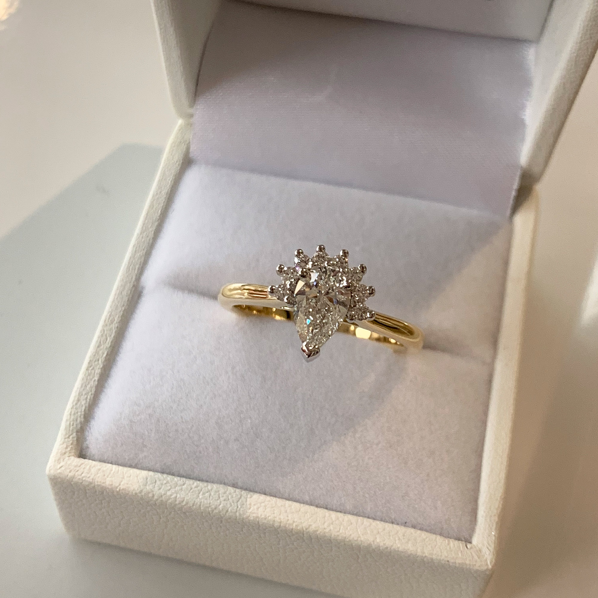 shop halo diamond rings